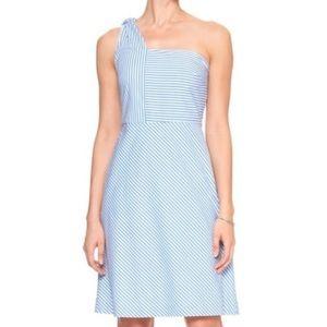 BANANA REPUBLIC Blue & White One Shoulder Dress 2